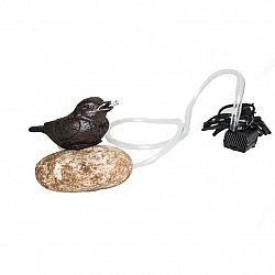Litinová pumpa Ptáček na kameni, 15 x 10 x 12 cm